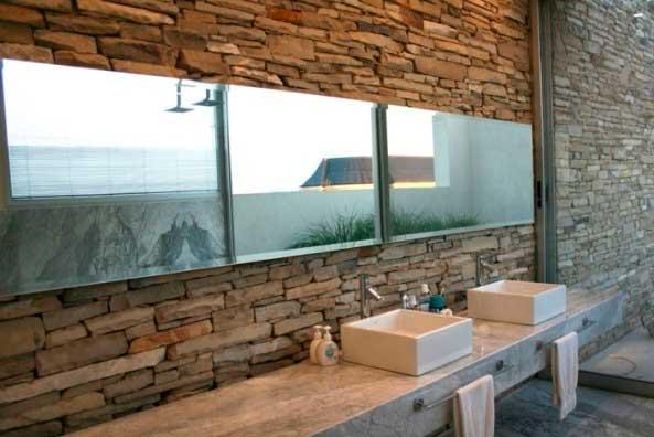 C mo decorar con espejos r sticos tu cuarto de ba o for Espejos de bano originales