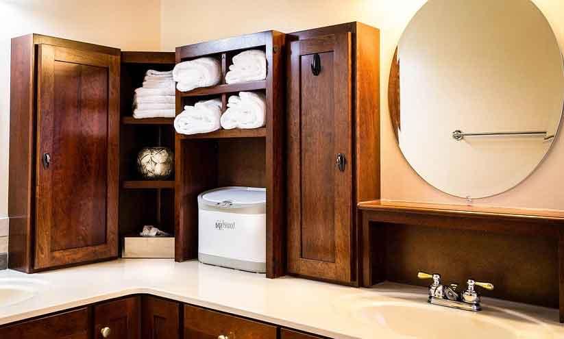 Consejos y trucos sobre como decorar con espejos tu cuarto de baño